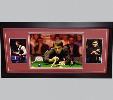 Ronnie O' Sullivan Signed Colour Photo + 2 Photos
